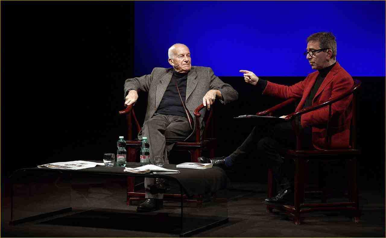 Off-Off-Theatre-Fausto-Bertinotti-intervistato-da-Pino-Strabioli-3