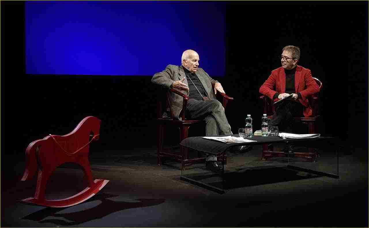 Off-Off-Theatre-Fausto-Bertinotti-intervistato-da-Pino-Strabioli-5